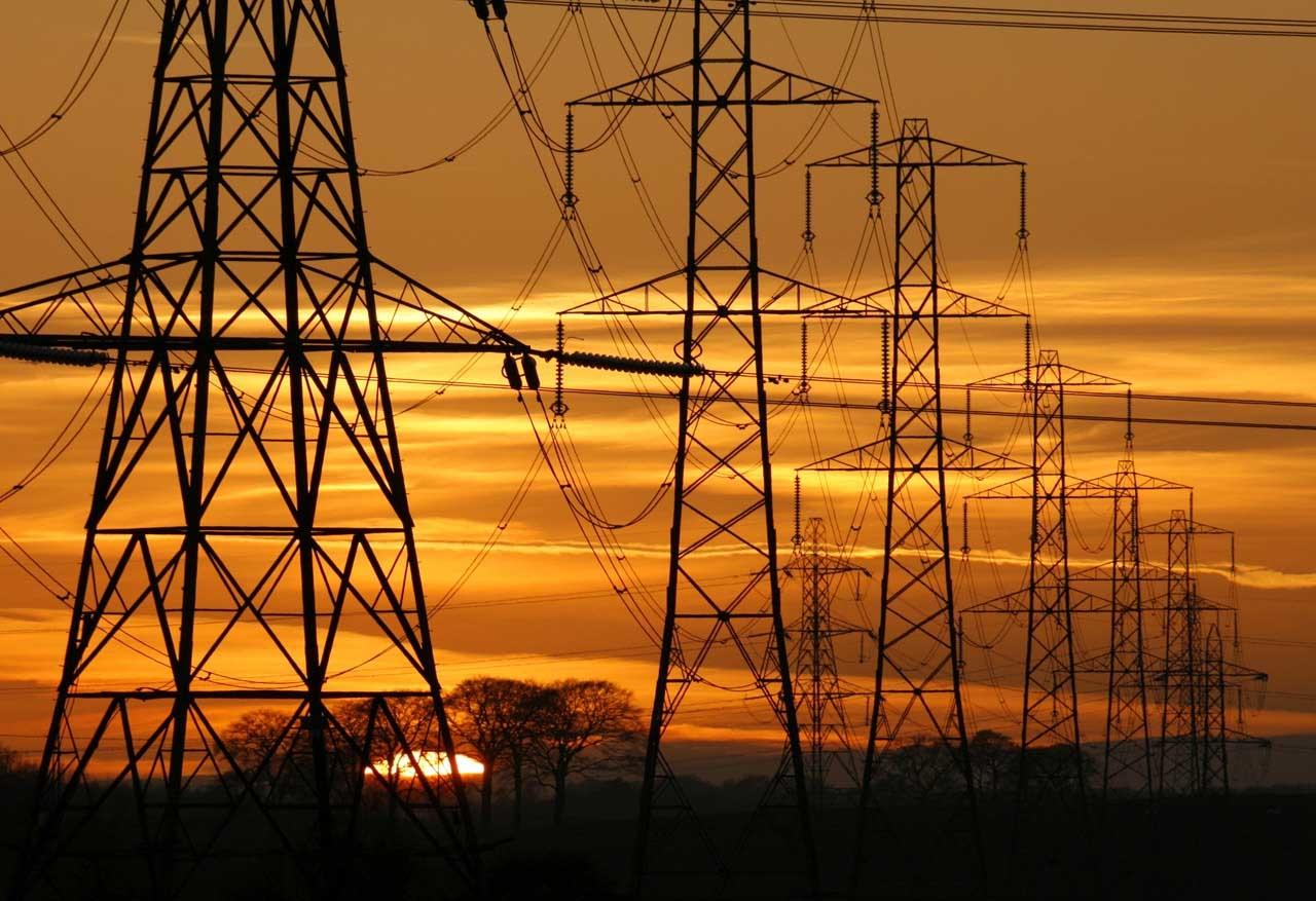 El consumo eléctrico de las grandes empresas ha aumentado un 1,5% en febrero
